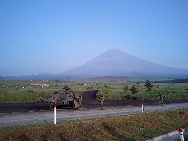 富士総合火力演習中継